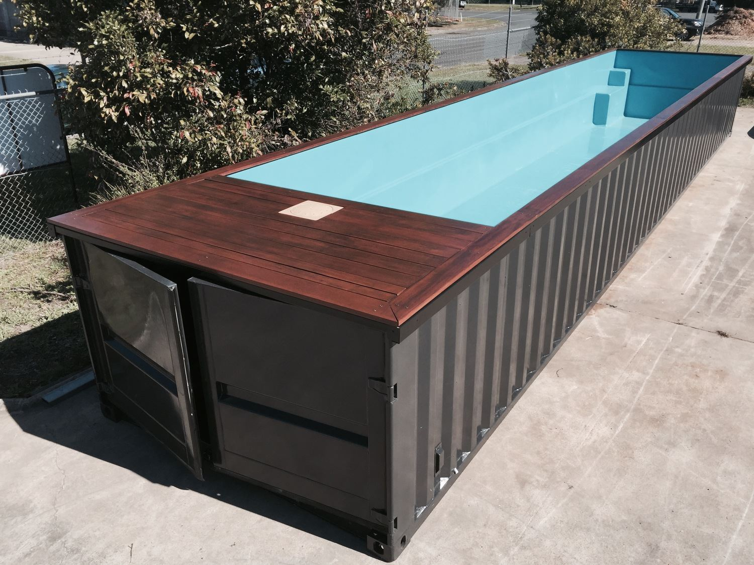 Ouvrons le champ des possibles containers piscine for Piscina container