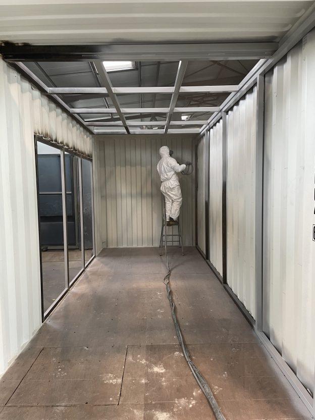 container peinture intérieure