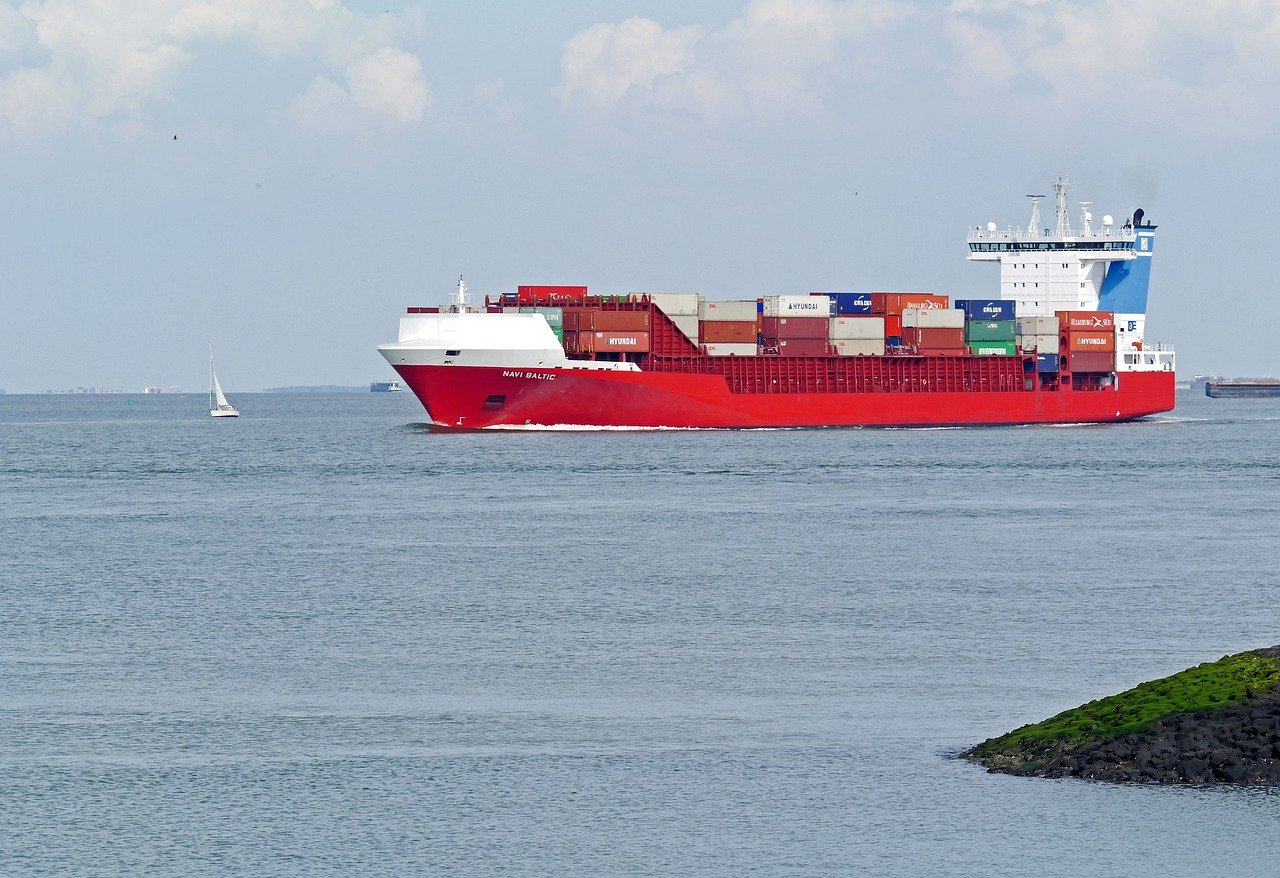 container-bateau